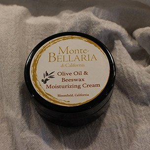 Olive Oil and Beeswax Moisturizing Balm